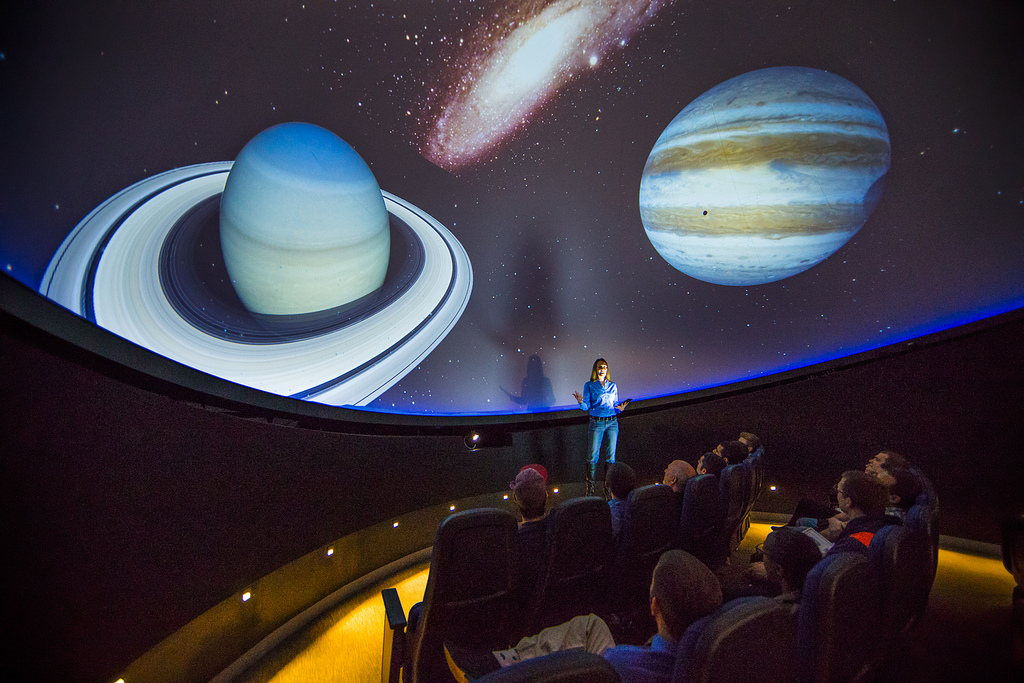 Physics lesson in the campus planetarium